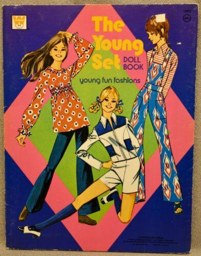 1973 THE YOUNG SET Paper Doll Book - MOD CLOTHES - UNCUT WHITMAN ORIGINAL