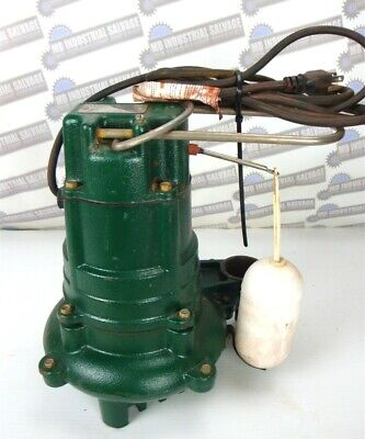 Zoeller M137 - 12 Hp Cast Iron Effluent Sump Pump Wvert Float Swth Used Once