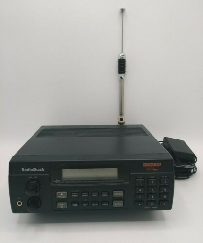 Radio Shack Pro-2050 TrunkTracker 300 Channel 800 MHZ Scanner - Tested/Working!