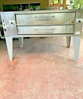 Bakers Pride Single Deck Pizza Oven Model Y-600