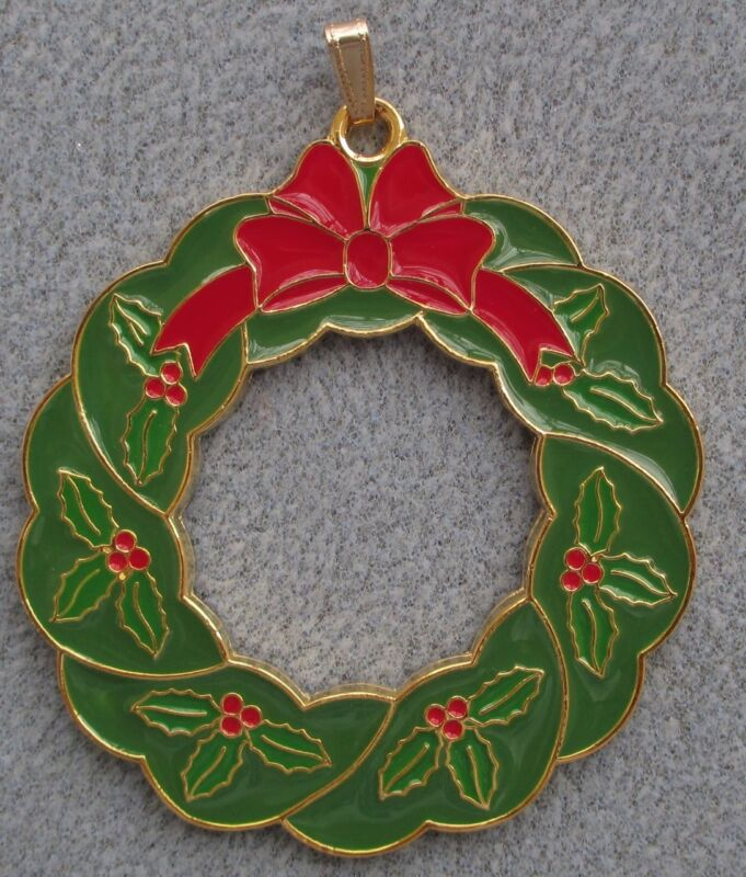 2015 Wallace Gold Plated Wonders of Christmas Holly Wreath Ornament 6th Ed NIB