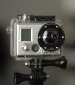 Gopro Hero 2 with Lcd screen! great cond barely used