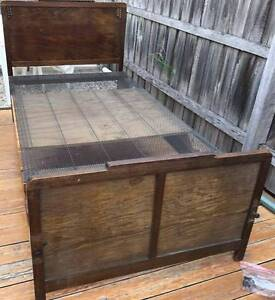 Excellent king single bed frame for sale. Delivery available Kingsbury Darebin Area Preview