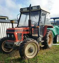 ZETOR 5245 4WD 3 Cyl Diesel 45HP TRACTOR Registered 5169hrs Kyneton Macedon Ranges Preview