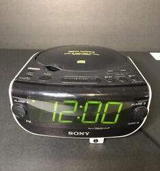 Sony CD Clock Dream Machine ICF-CD815 AM/FM Radio Dual Alarm AUX Input CD Player