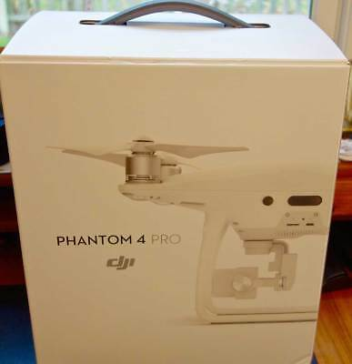 DJI PHANTOM 4 PRO 4K CAMERA DRONE READY TO FLY - 2.4 GHz/5.8 GHz FREQUENCY