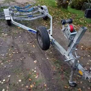 Dunbier full rolled boat trailer for sale lots new parts.... Endeavour Hills Casey Area Preview