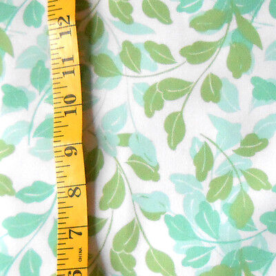 Fabric   Jo Ann Quilt Blocks  Garden Trellis  Green Leaves 100  Cotton 1 25 Yd