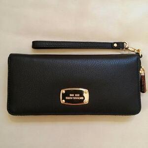 d119c71d11dd Michael Kors Leather Jet Set Travel CONTINENTAL Zip Wristlet wallet in Black