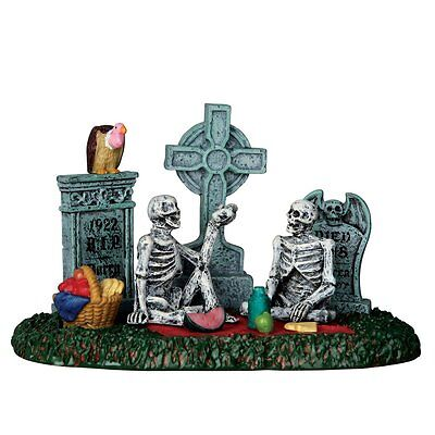 Lemax Spooky Town Halloween Village Scene Table Accent, Graveyard Picnic #63263
