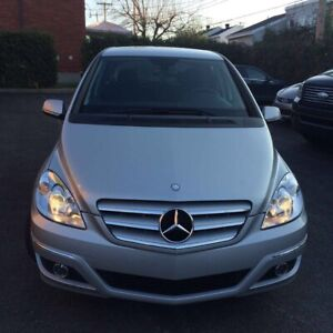 2011 Mercedes-Benz B200 like new