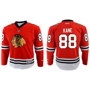 Reebok NHL Chicago Blackhawks Boy s Jersey 7b2e72b8d