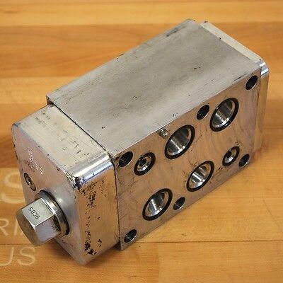 Sun Hydraulics Hbn 9bx5 Hydraulic Sandwich Block A And B Port With Cross Pilot