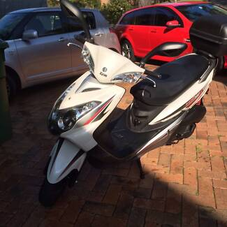 SYM VS 150 Scooter with Top Box St Ives Ku-ring-gai Area Preview