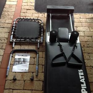 Aero Pilates Reformer with 3 resistance cords, inc 2 x books Attadale Melville Area Preview