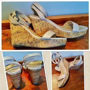Old Navy beige strap cork wedges in size 8(fits a 7 1/2)