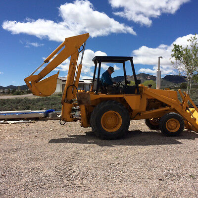 Backhoe Case 580c Tractor Construction Equipment Large Machines