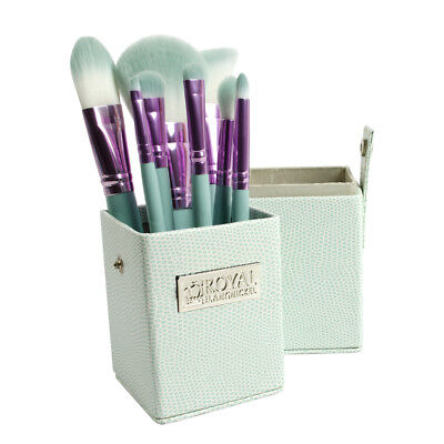Love Is Patience (Royal Brush Love Is... Patience - 8pc Travel Brush)