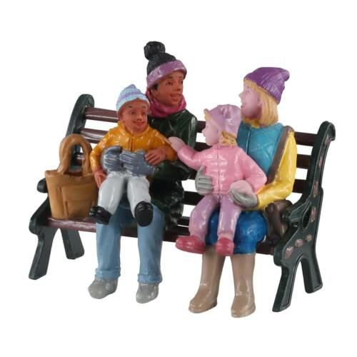 Lemax Christmas Village Town A DAY AT THE PARK #02939, Figurine Family Bench