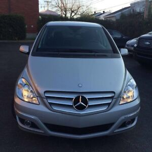 2011 Mercedes-Benz mint condition with only 51k