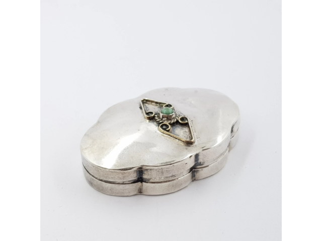 STERLING SILVER VINTAGE PILL BOX #48808