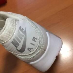 White Nike Air Max Melbourne CBD Melbourne City Preview
