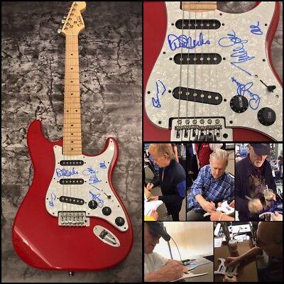 The Beach Boys * LOVE-JOHNSTON-WILSON-AL-MARKS * Signed Electric Guitar AD4 COA
