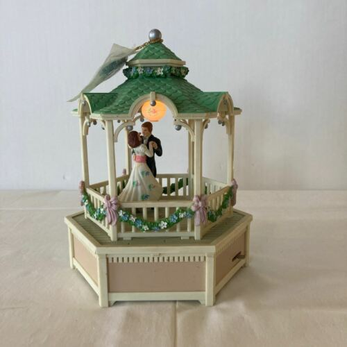 "1985 Enesco Springtime Gazebo Music Box Dancers Play ""True Love"" Lights Up"