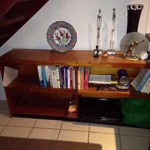 Timer Veneer Bookcase Taringa Brisbane South West Preview