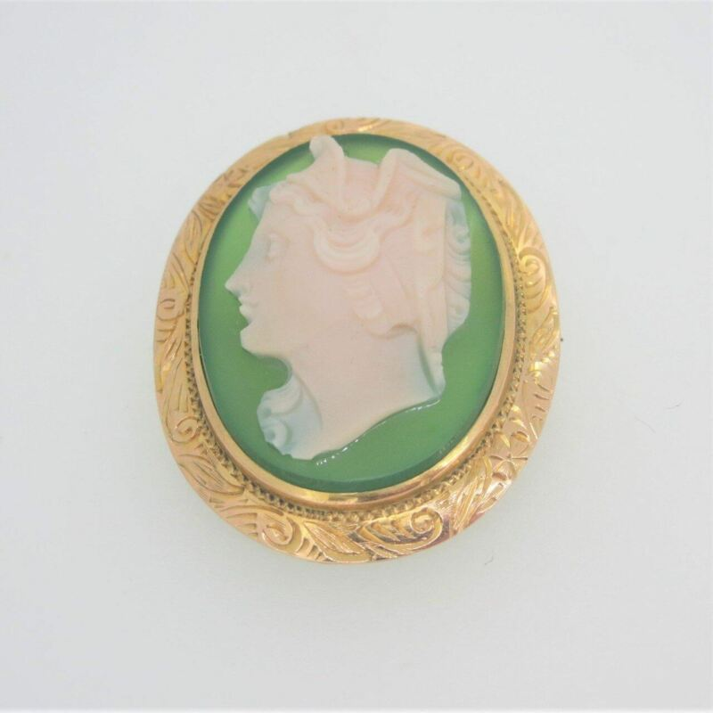 Vintage 10k Yellow Gold Chrysoprase Green Stone Cameo Pendant Brooch