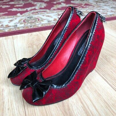 iron fist red shoes Size 4
