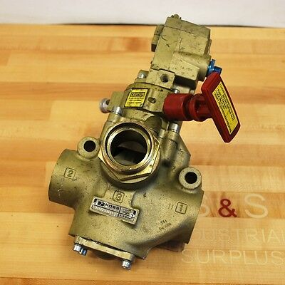 Ross D2773a6832 Hydraulic Control Valve Wsolenoid - Used