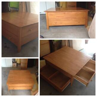 Coffee Table/TV Unit matching pair Ringwood East Maroondah Area Preview