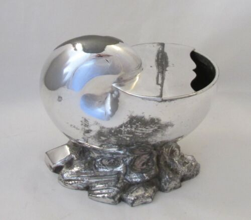 A Late 19th Century Silver Plated Spoon Warmer - Nautilus Shell