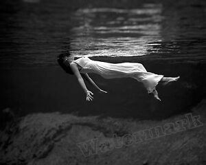 Photograph-Toni-Frissell-Swim-Model-Weeki-Wachee-Springs-1947-8x10