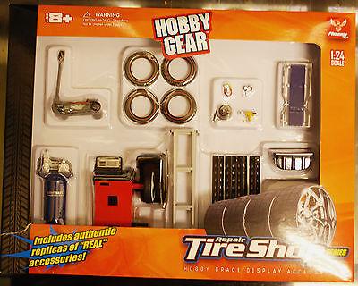 tt Zubehör Reifenhandel Tire Shop, 1:24, Hobby Gear (Hobby Gear)