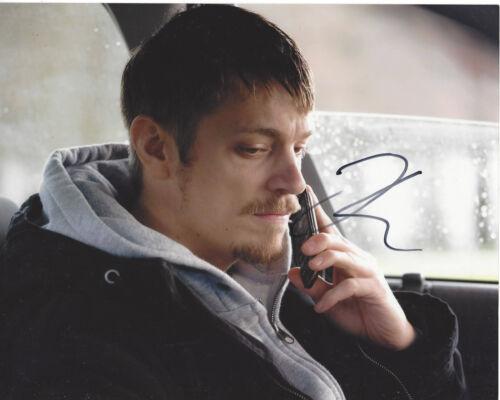 JOEL KINNAMAN SIGNED AUTHENTIC ROBOCOP 8X10 PHOTO w/COA SUICIDE SQUAD ACTOR