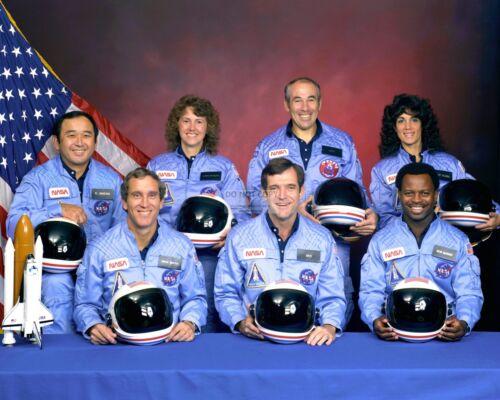 SPACE SHUTTLE CHALLENGER CREW PORTRAIT STS-51L MISSION  8X10 NASA PHOTO (EP-423)