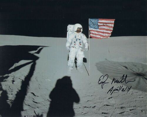 Edgar Mitchell Autographed Signed 8x10 Photo ( Apollo 11 ) REPRINT