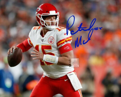 "Patrick Mahomes NFL Kansas City Chiefs 10""x 8"" Signed Color PHOTO REPRINT"