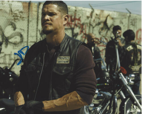 JD PARDO SIGNED AUTHENTIC 'MAYANS M.C.' 8X10 PHOTO F w/COA ACTOR SONS OF ANARCHY