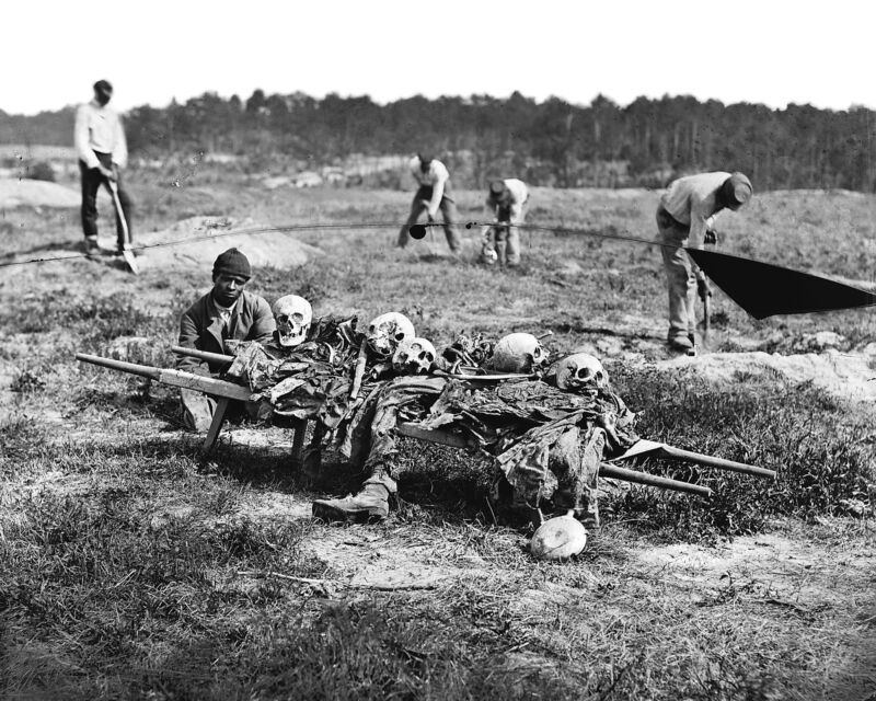 1865 Cold Harbor, VA African Americans collecting bones of soldiers Killed