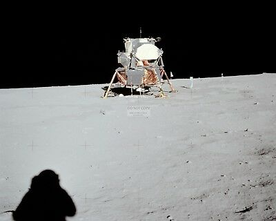 APOLLO 12 ASTRONAUT ALAN BEAN ON LUNAR MODULE LADDER AA-782 8X10 NASA PHOTO
