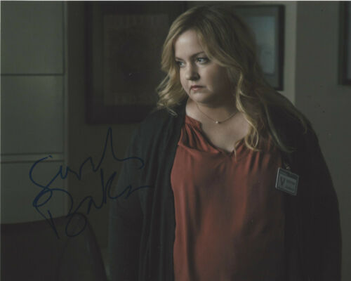 SARAH BAKER SIGNED AUTHENTIC 'THE KOMINSKY METHOD' 8x10 PHOTO B w/COA ACTRESS