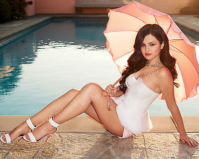 Selena Gomez 8X10 Glossy Color Picture Photo Lab Quality Collectible   Celebrity