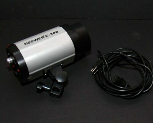Neewer C-300 Studio Lighting Strobe (with Modeling Bulb & Long Power Cable)