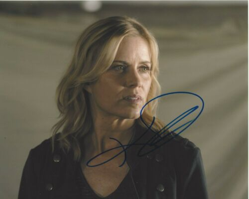 KIM DICKENS SIGNED GONE GIRL 8x10 MOVIE PHOTO COA FEAR THE WALKING DEAD SERIES