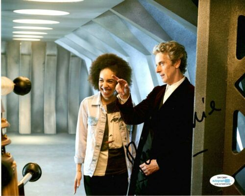 Pearl Mackie Doctor Who Autographed Signed 8x10 Photo ACOA #1