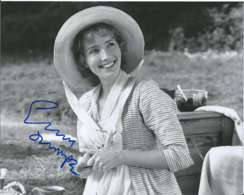 EMMA THOMPSON SIGNED 'SAVING MR. BANKS' P.L. TRAVERS 8X10 PHOTO B w/COA DISNEY