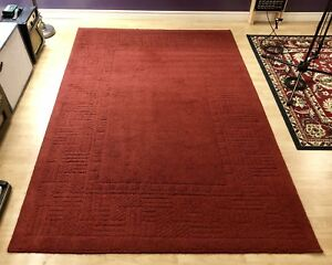 Red / Maroon Rug